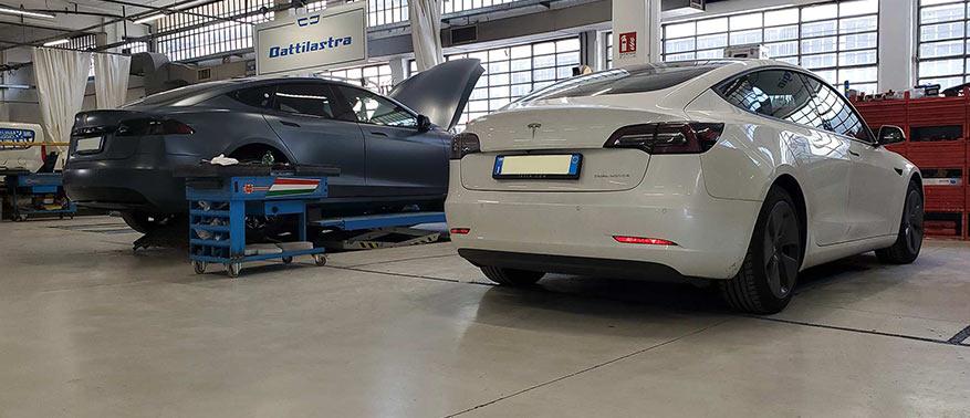 Volante Tesla
